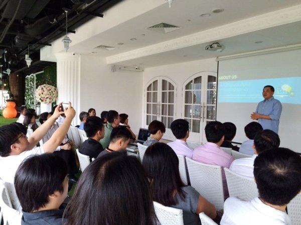 CEO Signature Event - Timotheus presenting